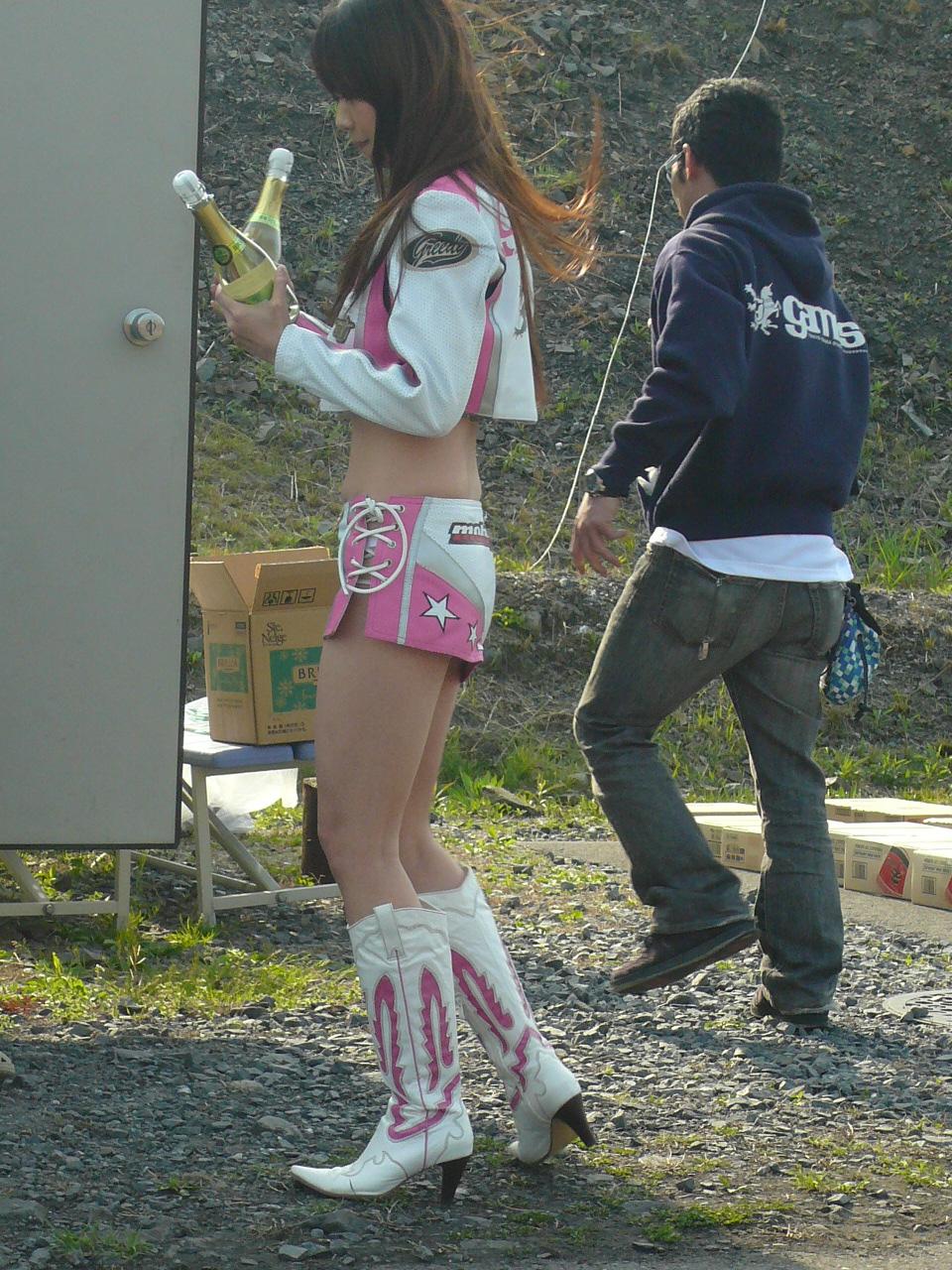 http://img.blogs.yahoo.co.jp/ybi/1/13/f5/tetsutaro499/folder/420377/img_420377_47575613_10?1240324968